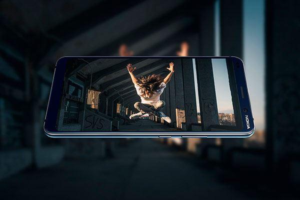 Nokia PureView 9: A la quinta va la vencida