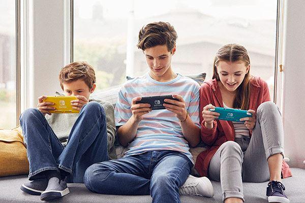 Nintendo Switch Lite: La pequeña de la familia