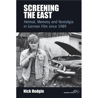 Serie ÚnicaScreening the East Paperback