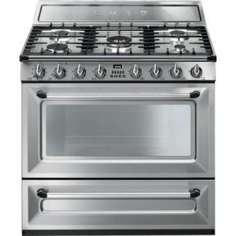 Cocina de gas natural smeg tr90x9 con horno cocina los for Cocinas con horno de gas butano baratas