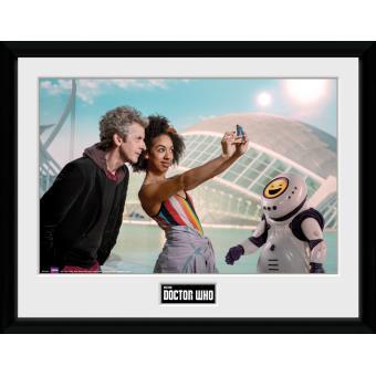 Fotografía enmarcada Doctor Who Temporada 10 Episodio 2 30x40 cm