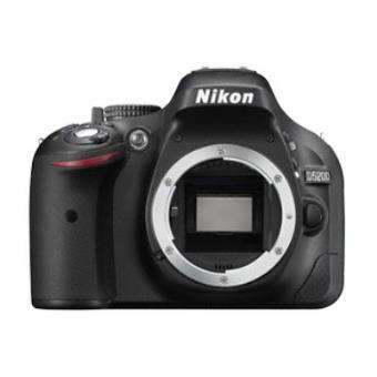 Nikon D5200 Cuerpo Negra