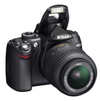 Nikon D5000 + 18 - 55 MM VR Reflex Digital