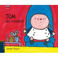 English Readers: Tom Has A Haircut