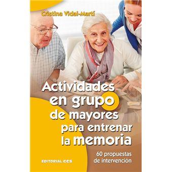 Actividades en grupo de mayores para entrenar la memoria