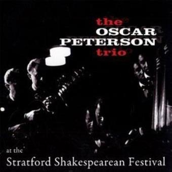 At The Stratford Shakespearean Festival (Ed. Poll Winners)  - Exclusiva Fnac