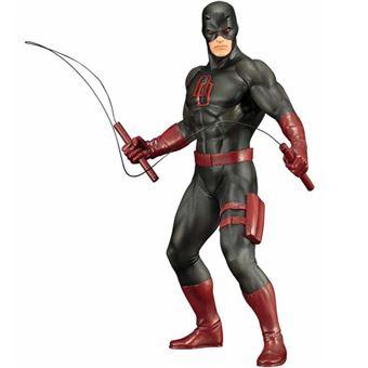 Figura Marvel Daredevil con traje negro