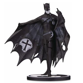 Figura DC - Batman Black & White