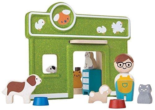 Il se compose dune boutique recto-verso, un commerçant, un arbre à chat, deux tables dauscultation, des écuelles et des animaux de compagnie.Age minimum 3 ans