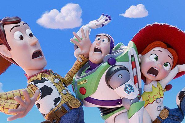 Toy Story 4 : que font nos jouets d'enfance préférés quand on a le dos tourné ?