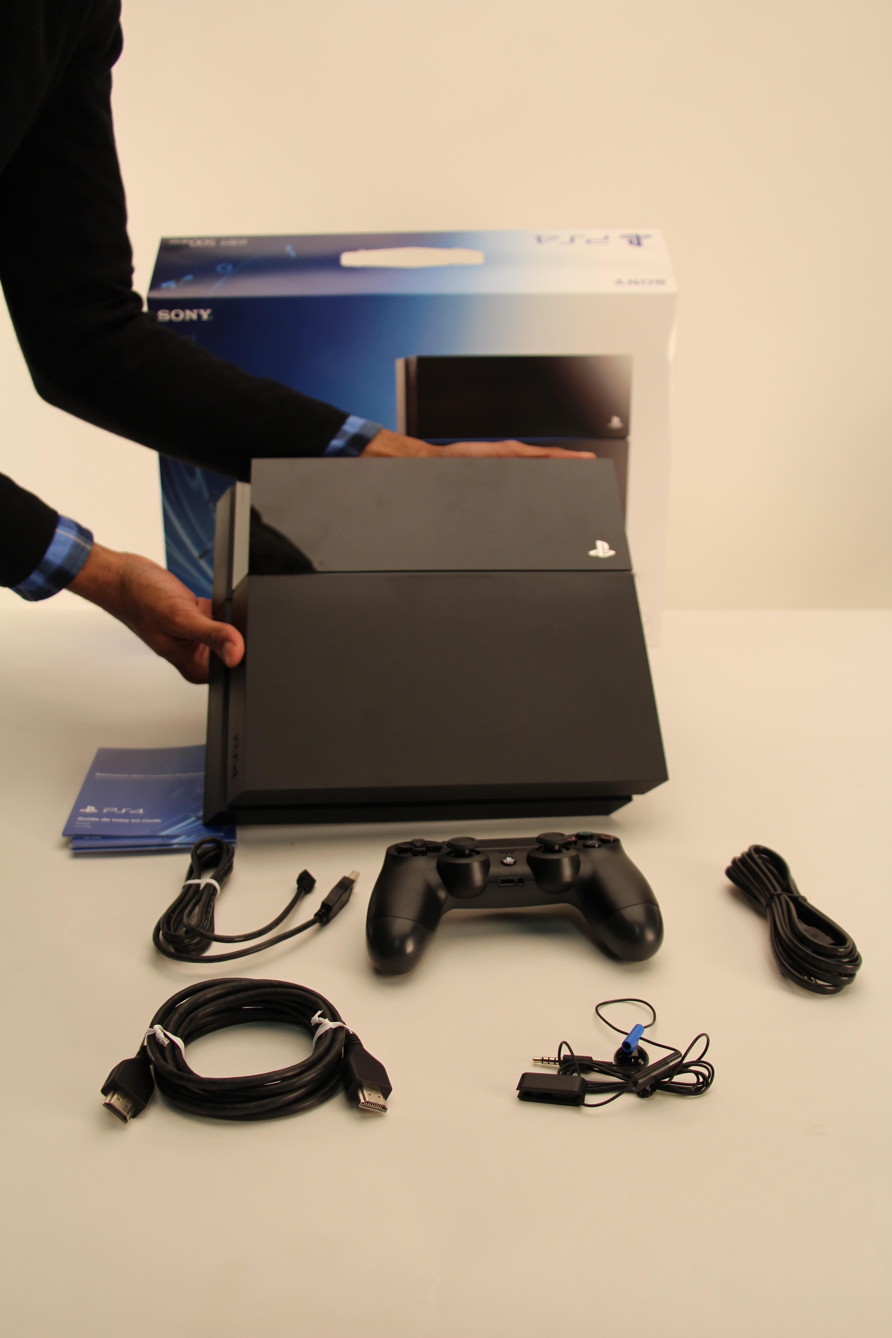 D ballage de la nouvelle console de sony la playstation 4 conseils d 39 experts fnac - Nouvelle console de jeux ...