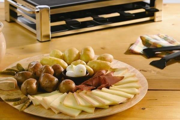 Pour vos repas entre amis en hiver adoptez les appareils for Diner leger entre amis
