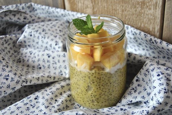 Un d licieux smoothie aux graines de chia conseils d 39 experts fnac - Conservation ananas coupe ...
