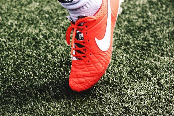 Bien choisir ses chaussures de foot : trouvez crampons à