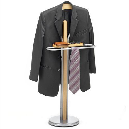 Valet de chambre FABIO chevalet de nuit portant pour vêtements, structure  en métal laqué et finition en MDF couleur hêtre