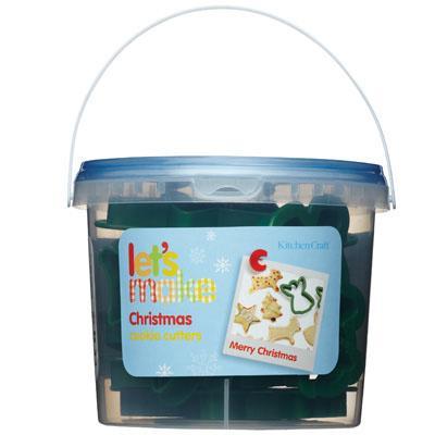 12 emportes pièces Noël