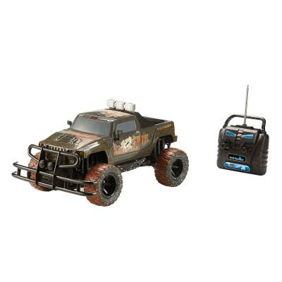 Un buggy radiocommandé, pour partir à l'aventure des chemins tout-terrains en toute liberté !Son look branché, effet dirty, et son moteur puissant permettant d'atteindre jusqu'à 10km/h, lui donne un style très réaliste. De plus, sa grande taille de pneus