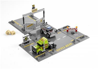 LEGO 8199 Racers L'attaque du conoi blinde