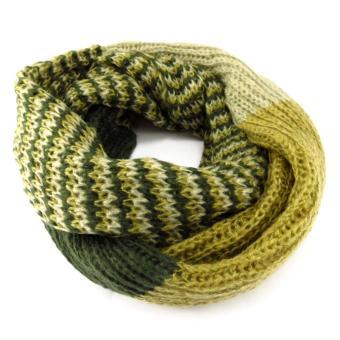 09c2ad7885e Echarpe tube ou snood  Indispensable  vert camaieu