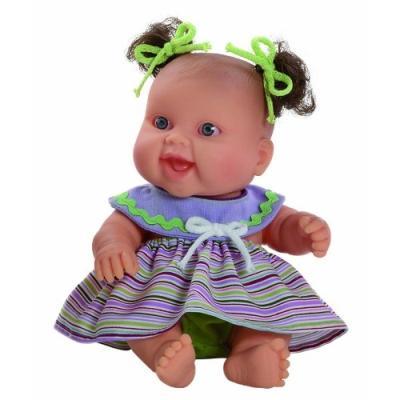 Petite fille Europe - Collection Les Peques Ete - 22 cm. En vinyleAge minimum: 12 moisContenu du packaging: 1 poupée et ses vêtements