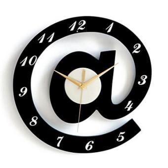 horloge murale d corative en forme d 39 arobase achat prix fnac. Black Bedroom Furniture Sets. Home Design Ideas