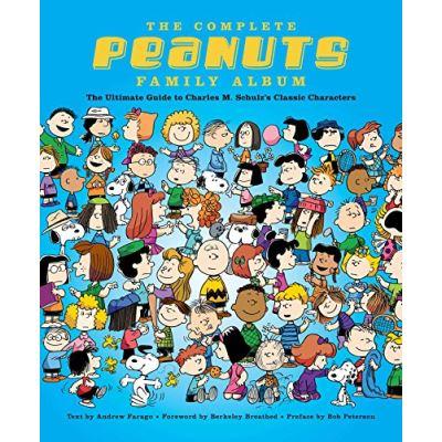 Peanuts Family Album: The Complete Character Encyclopedia - [Livre en VO]