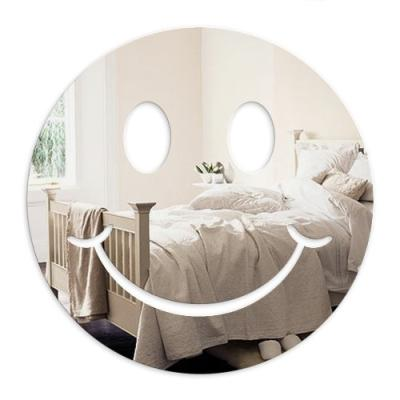 mungai mirrors miroir acrylique smiley 30 cm