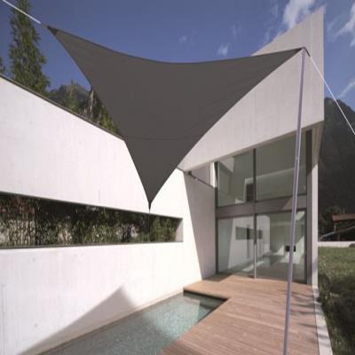 Voile d'ombrage triangulaire Ardoise en Polyester 280 grs/m² anti-UV, 500 x 500 x 500 cm avec kit de fixation -PEGANE-