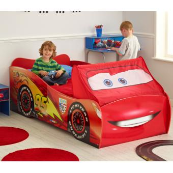 grand lit voiture cars flash mcqueen disney lit pour enfant achat prix fnac. Black Bedroom Furniture Sets. Home Design Ideas