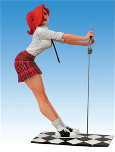Dawn statuette Schoolgirl Red Skirt Comic Con Exclusive 19 cm
