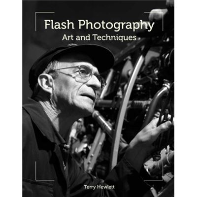Flash Photography: Art And Techniques (Paperback)