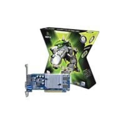 Avec les processeurs graphiques (GPU) GeForce MX 4000, NVIDIA franchit un cap supplémentaire en offrant aux utilisateurs de PC soucieux de leur porte-monnaie une solution graphique à la fois très performante et d´un rapport qualité/prix exceptionnel. Grâc