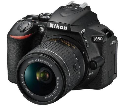 Appareil photo reflex Nikon D5600 noir + AF-P DX 18-55mm f/3,5-5,6 G VR