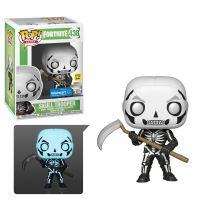 Figurine Funko Pop Games Fortnite S3 Skull Trooper Brillant dans le noir Exclusivité Fnac
