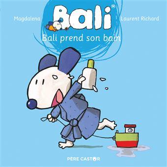 BaliBali prend son bain