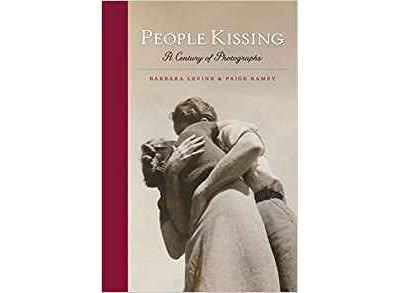 People kissing