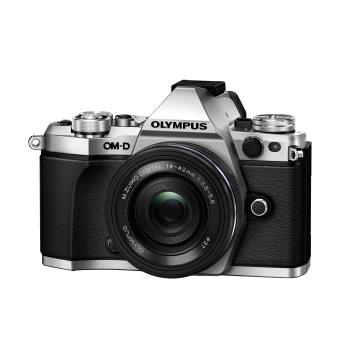 Hybride Olympus E-M5 Mark II Silver + Objectif ED 14-42 mm EZ Pancake 1:3,5 - 6,3 Noir