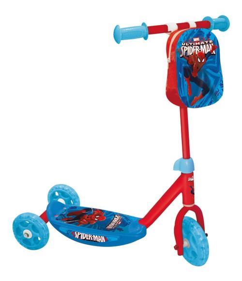 Trottinette 3 roues Spiderman qui assure une stabilité optimale pour les premières heures de conduite de l'enfant. Grâce à sa structure en aluminium et à son repose-pieds antidérapant, la sécurité de l'enfant est renforcée.