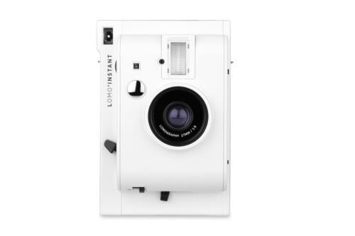 Appareil photo instantané Lomography Lomo'Instant Mini Blanc - Appareil photo instantané. Retrouvez la meilleure sélection faite par le Labo FNAC. Commandez vos produits high-tech au meilleur prix en ligne et retirez-les en magasin.