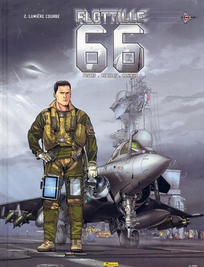 Flotille 66 - Lumière courbe