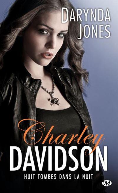 Huit tombes dans la nuit - Charley Davidson, T8 - 9782820525000 - 5,99 €
