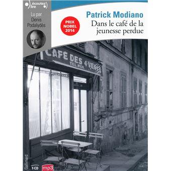 Dans Le Café De La Jeunesse Perdue