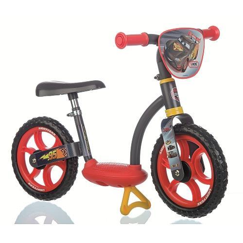 Avec cette Draisienne Confort de Smoby aux couleurs de Cars votre enfant aura toutes les cartes main pour apprendre l´équilibre avant le grand vélo. Elle est pourvue d´une plateforme centrale pour que l´enfant puisse poser ses pieds et faire l´expérience