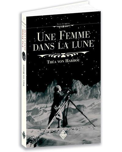 Une femme dans la lune