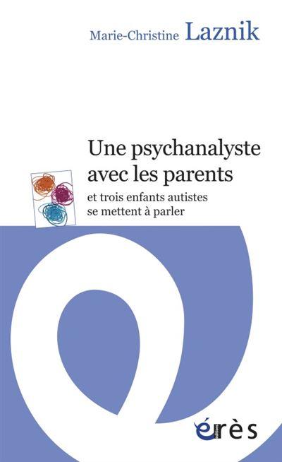 Une psychanalyste avec les parents et trois enfants autistes se mettent à parler