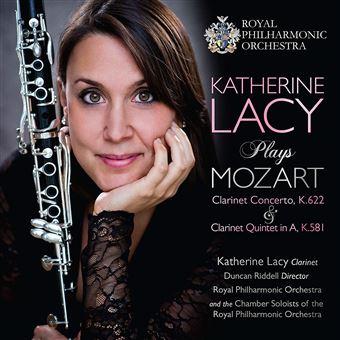 Plays mozart - clarinet c