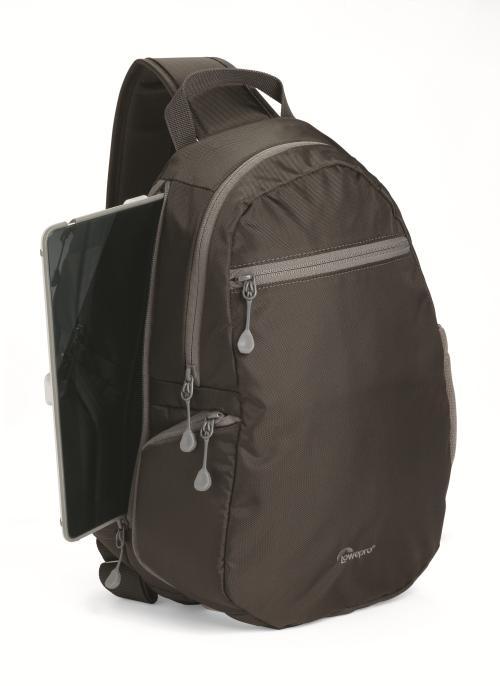 Voici un sac dédié à une utilisation quotidienne pouvant recevoir un appareil photo hybride avec kit dobjectifs, tablette, smartphone et effets personnels. Pratique, adaptable et résistante, la série StreamLine dispose de compartiments rembourrés adaptés