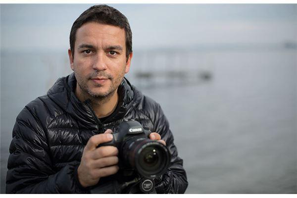 Joel Santos: Ler para fotografar o mundo