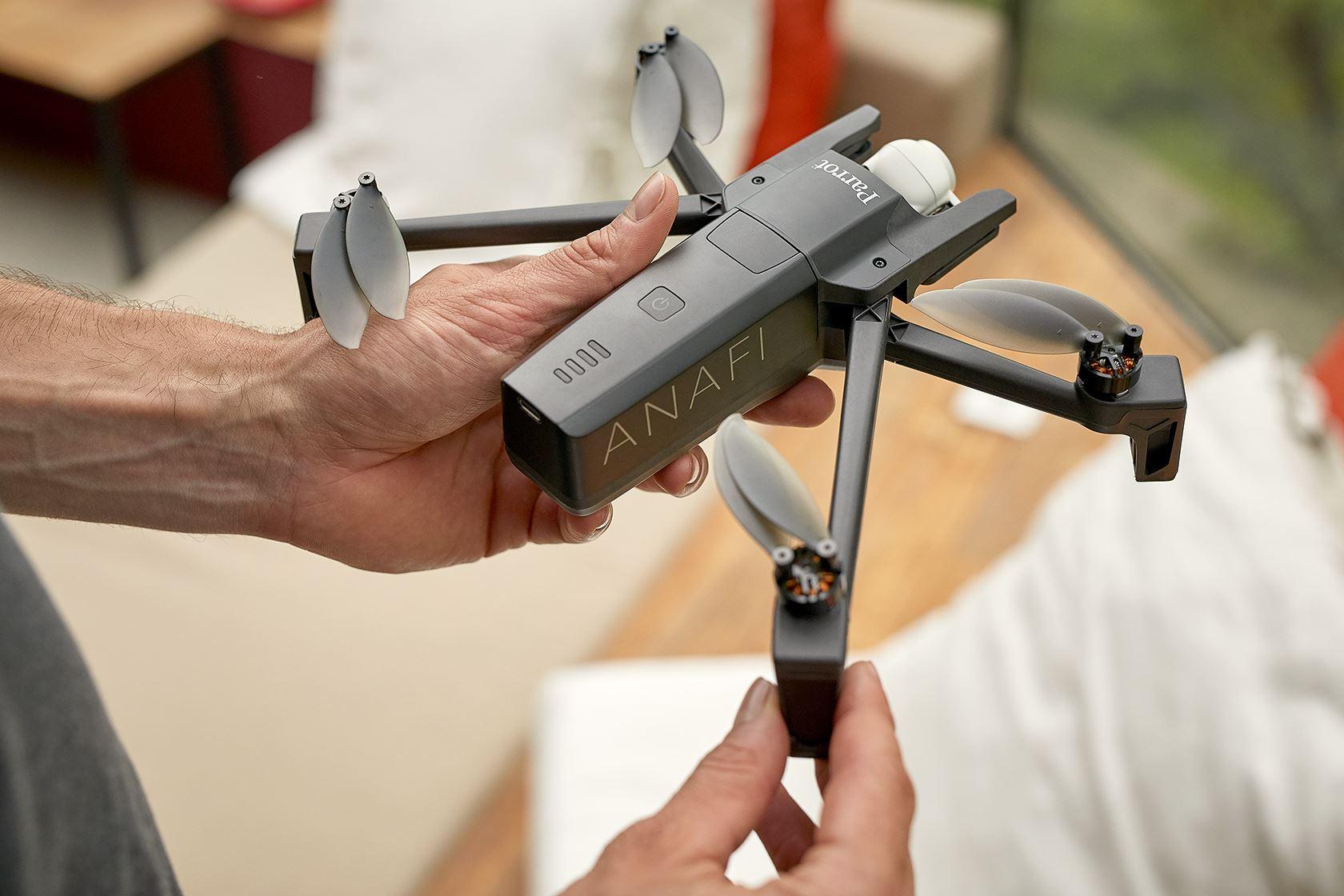 Parrot Anafi: o drone compacto e leve com câmara 4K