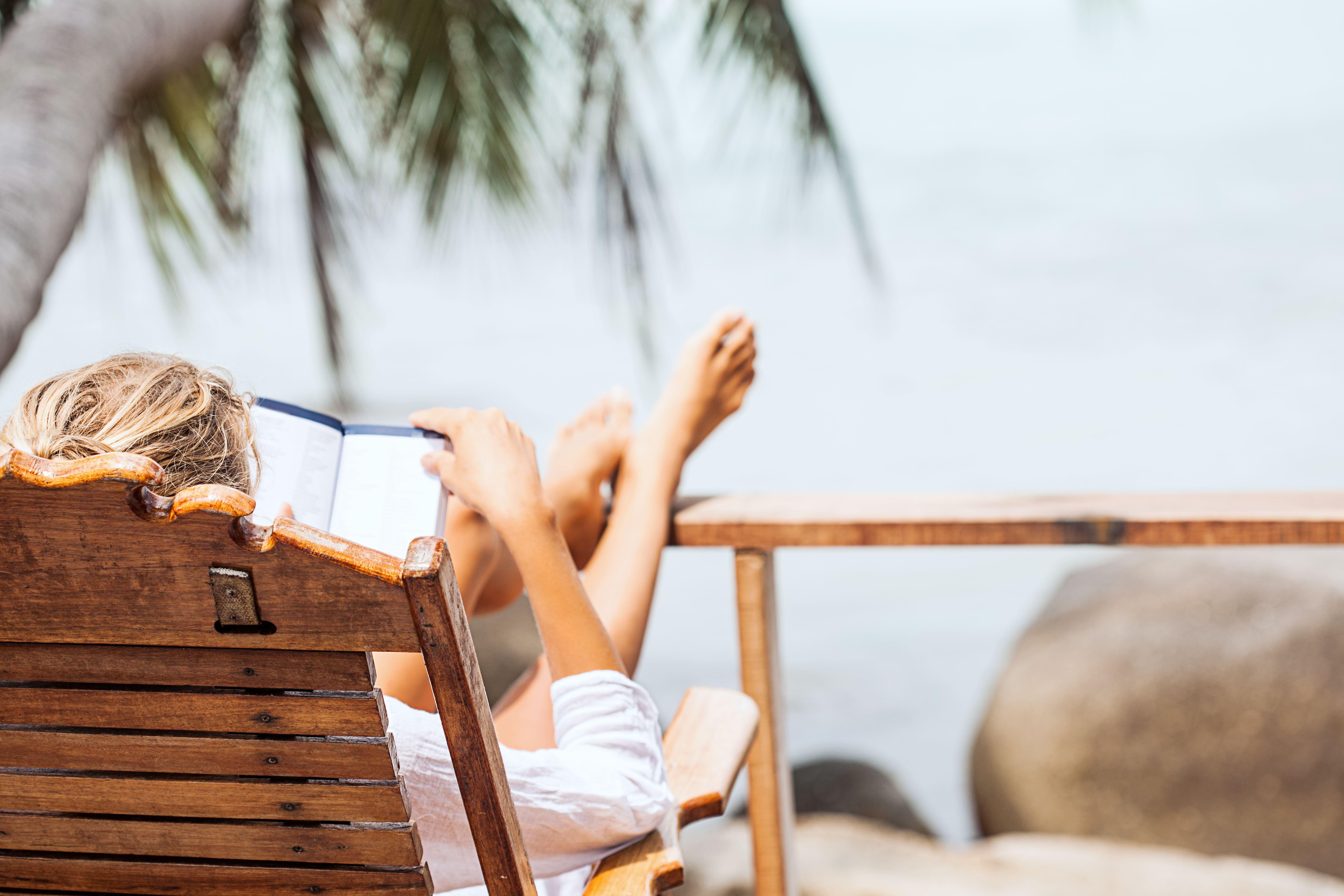 As 5 maneiras de conseguir tempo para ler no verão
